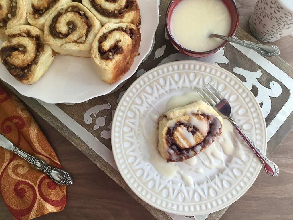 Easy Cinnamon Biscuit Rolls